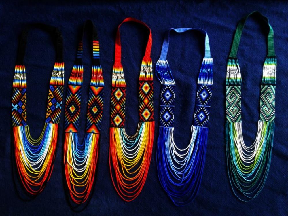 Collar tradicional Mujer Inga / Neck-piece Inga Femenine design